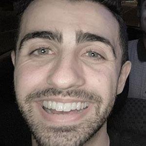 Darren Levy Headshot 3 of 10