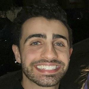 Darren Levy Headshot 9 of 10