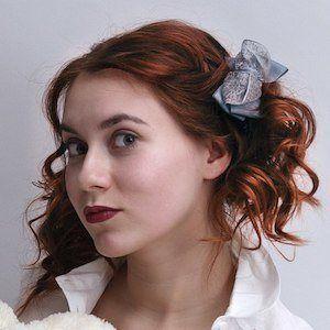 Darya Lozhkina 2 of 4
