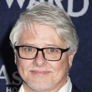 Dave Foley 6 of 10