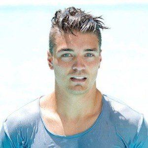 Dean Unglert 9 of 10