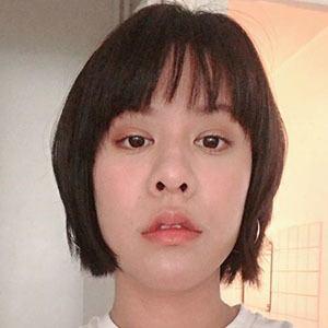 Debby Woo Headshot 3 of 4