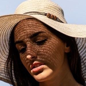 Debora Castellano 3 of 10