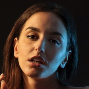 Debora Castellano 6 of 10