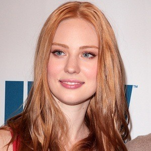 Deborah Ann Woll 7 of 10