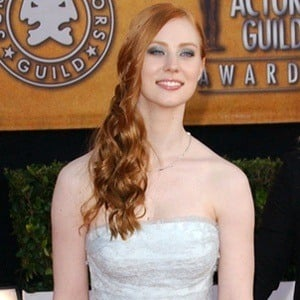 Deborah Ann Woll 8 of 10