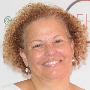 Debra L Lee 6 of 6