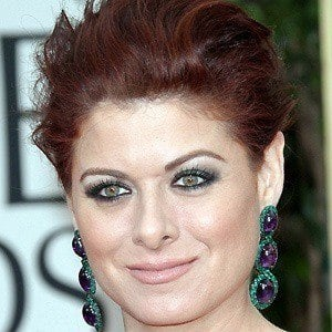 Debra Messing 3 of 10