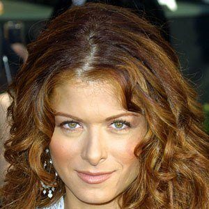 Debra Messing 8 of 10