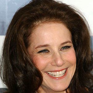 Debra Winger 4 of 8