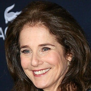 Debra Winger 6 of 8