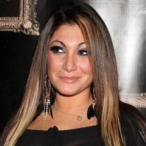 Deena Nicole Cortese 5 of 10