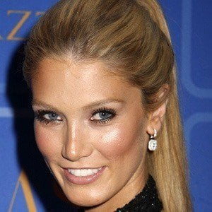 Delta Goodrem 5 of 9