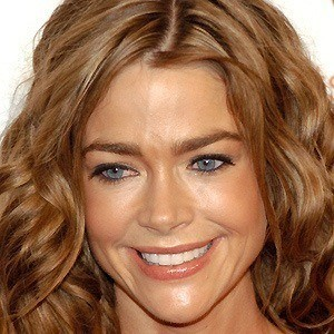 Denise Richards 5 of 10