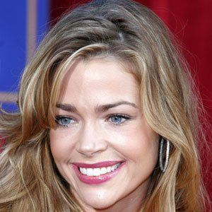 Denise Richards 7 of 10