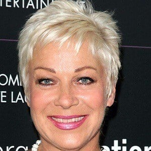 Denise Welch 3 of 5