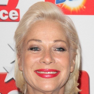 Denise Welch 6 of 10
