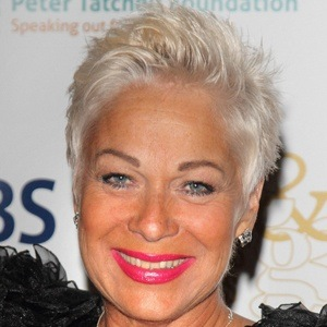 Denise Welch 7 of 10