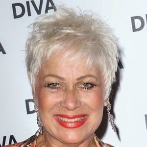 Denise Welch 9 of 10