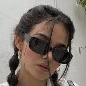 Denisse Guzman 6 of 10