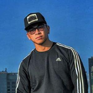 Dennis Yin 4 of 6