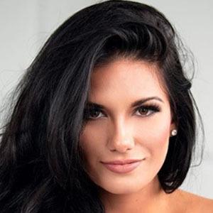 Derynn Paige 3 of 5