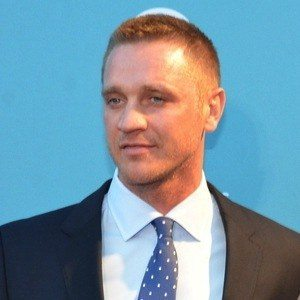 Devon Sawa 5 of 6