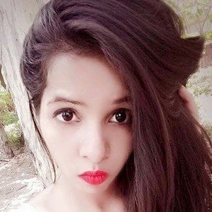 Dhinchak Pooja 10 of 10