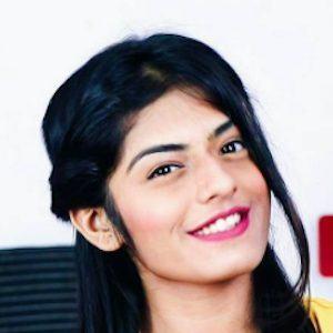 Dhwani Bhatt 4 of 10