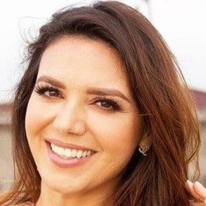 Diana Hernandez 5 of 6