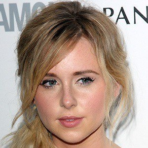 Diana Vickers 4 of 10