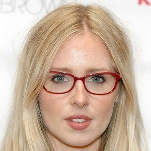 Diana Vickers 5 of 10