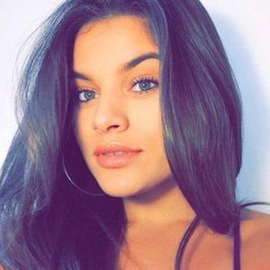 Diandra Delgado 2 of 4