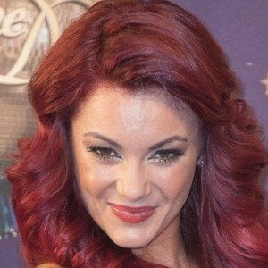 Dianne Buswell 3 of 3
