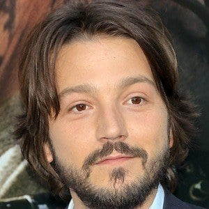 Diego Luna 2 of 10
