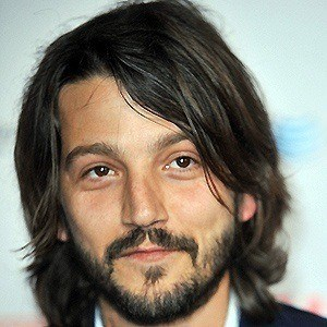 Diego Luna 3 of 10