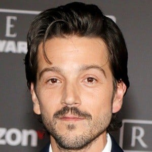 Diego Luna 6 of 10