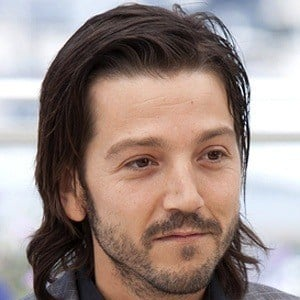 Diego Luna 7 of 10