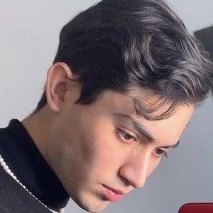Diego Soberón 4 of 4
