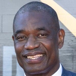 Dikembe Mutombo 6 of 7