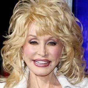 Dolly Parton 2 of 10