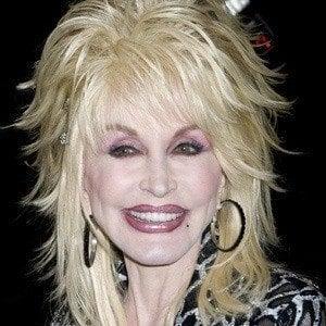 Dolly Parton 5 of 10