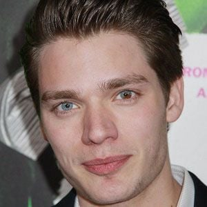 Dominic Sherwood 2 of 10