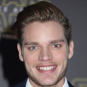 Dominic Sherwood 5 of 10