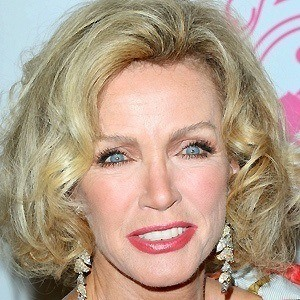 Donna Mills 2 of 9