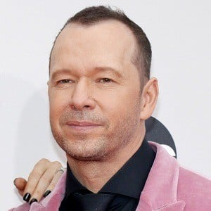 Donnie Wahlberg 6 of 10