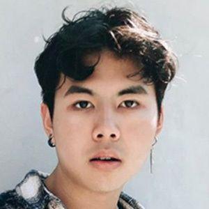 Donnoven Nguyen 4 of 7
