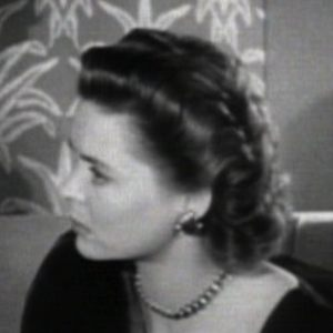Dorothy McGuire 3 of 4