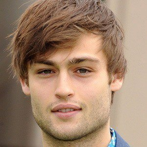 Douglas Booth 4 of 10