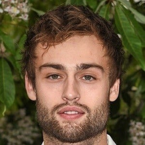 Douglas Booth 8 of 10
